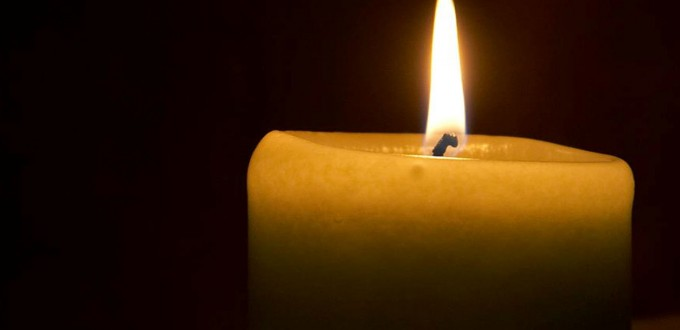 in-memoriam-candle